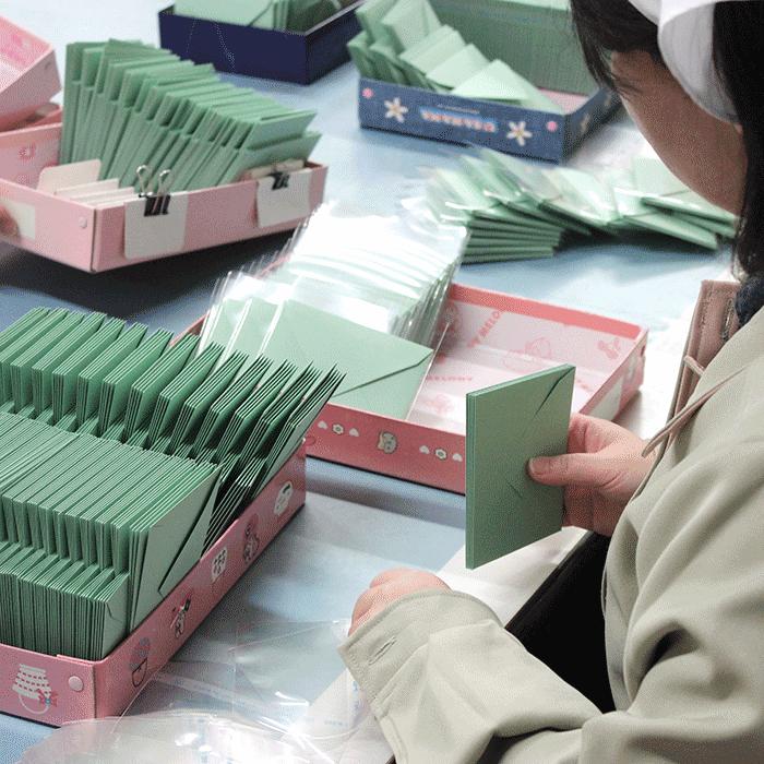 特殊なティッシュ原紙も製造しています